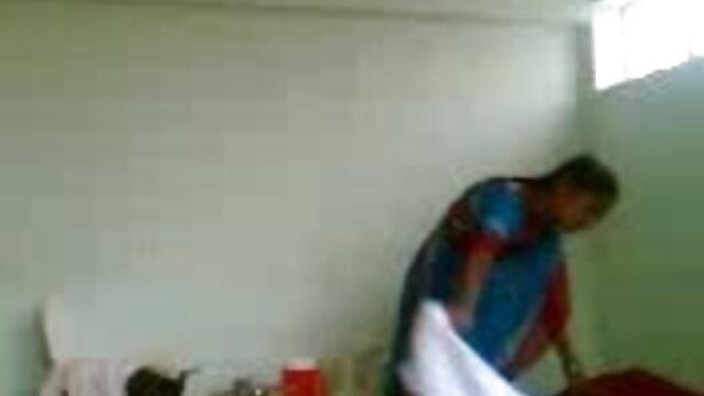 ગરમ સોનેરી સોલો સેક્સ બીપી એચડી વીડીયો વેબકેમ પર